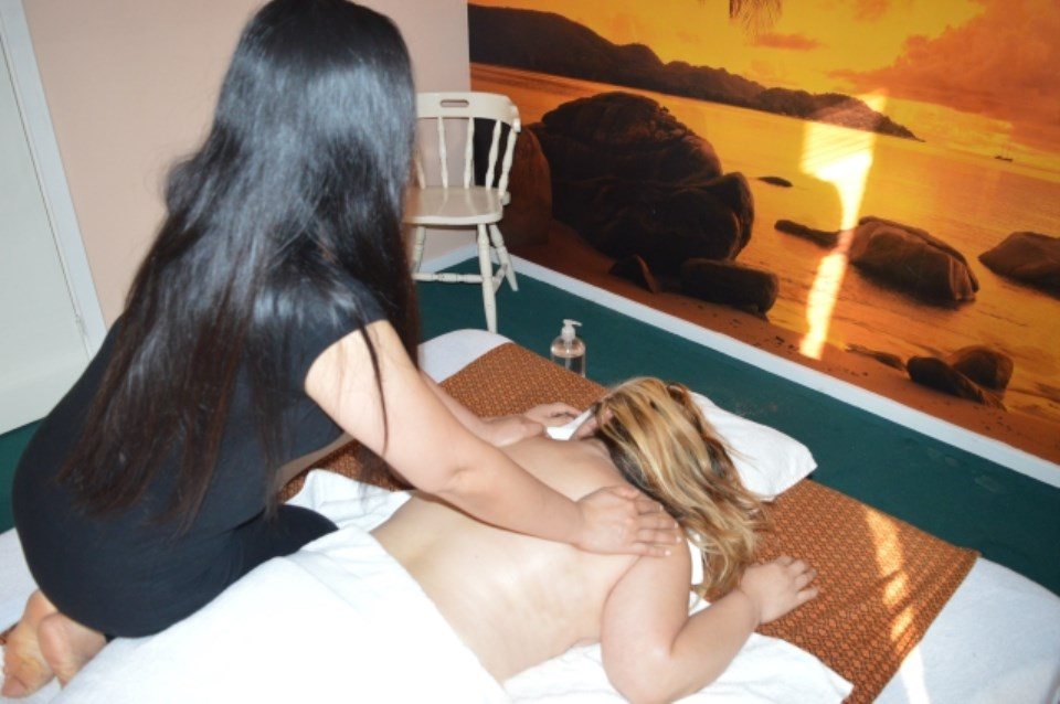 thai massage kjellerup massage